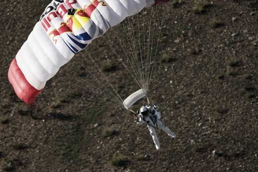 felix-baumgartner-freefall-from-space