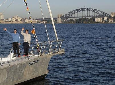 adventurers arrive in Australia
