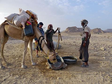mikael in desert of Yemen