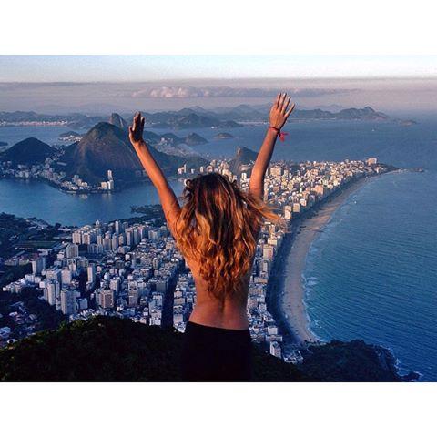 topless tour Rio