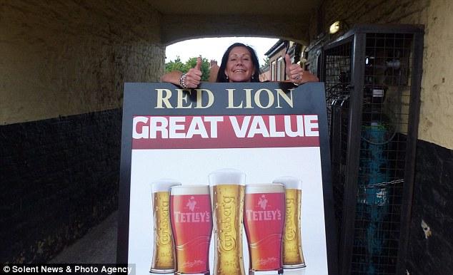 Crazy Cathy Red Lion pub crawl2