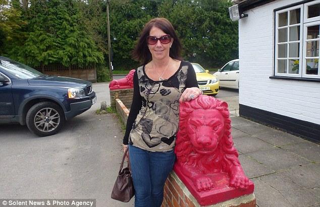 Crazy Cathy Red Lion pub crawl7