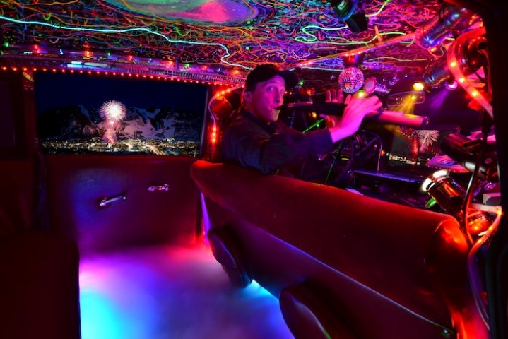 The Ultimate taxi is a discotheque on wheels