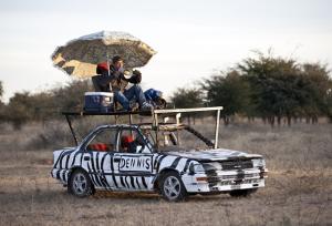 80-ways-slideshow-safari-car (Small)