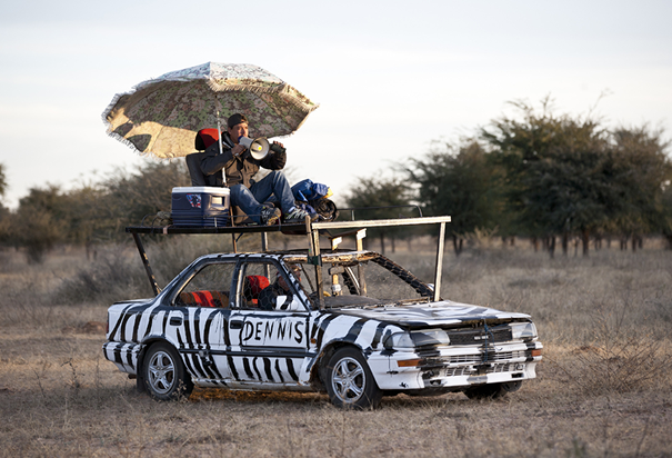 Around the world in 80 ways - Zebra Safari car