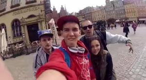 spinning selfie