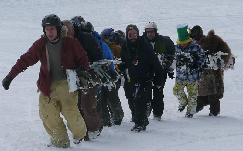 Minyan Board longest snowboard