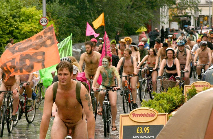 World naked bike ride Brigthon (Small)