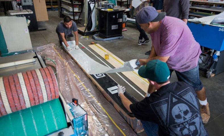 longest snowboard construction1 (Small)