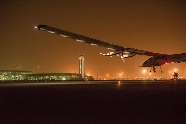 The solar plane touching down in Muscat