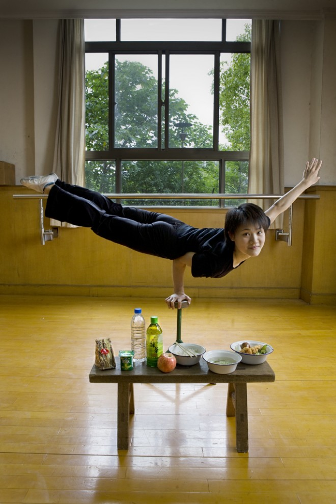 Cao Xiaoli, professional acrobat (1700kcal)