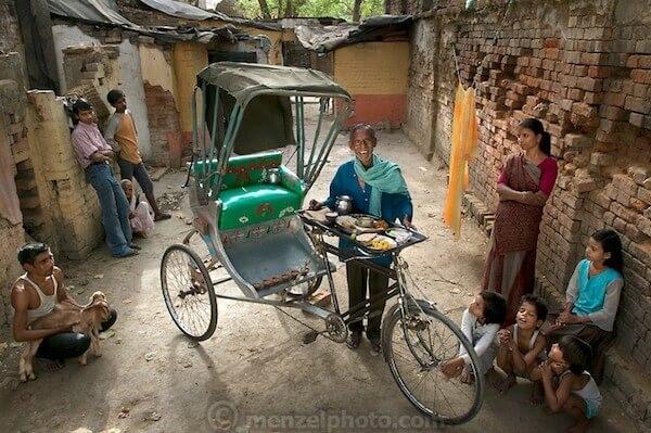 Munna Kailash, riskshaw driver, India, 2400 calories (Small)