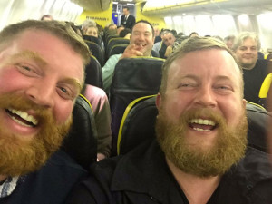 bearded-men-lookalikes-doppelgangers-on-plane