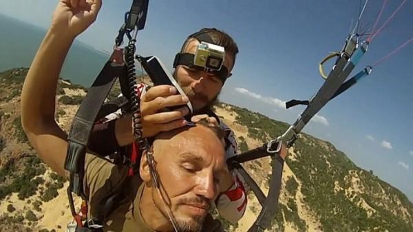 Motobarber - Paragliding haircut