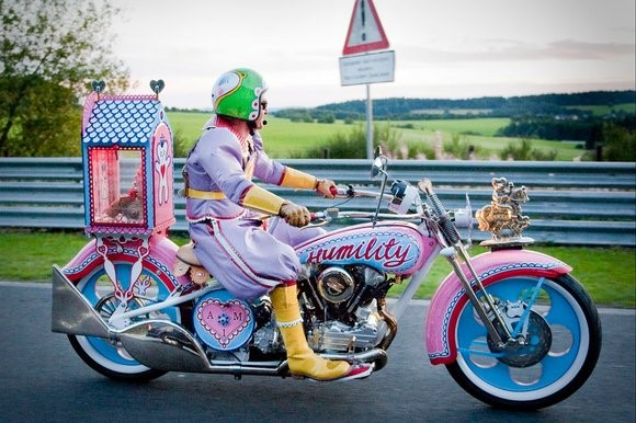 Grayson Perry pink motorbike (Small)