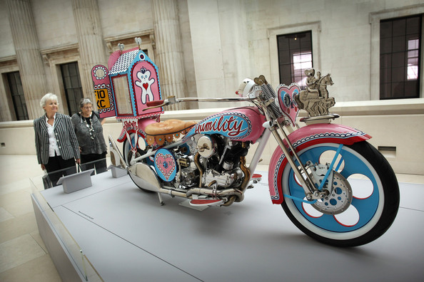 Grayson Perry, the tomb of the unknown craftsmen exhibition 1