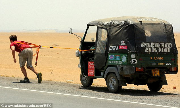 Tuk tuk travels - pulling tuktuk to break world record (3)