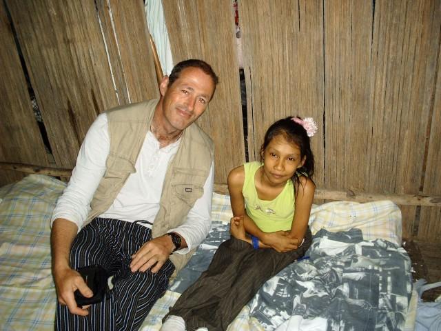 Bathtub sailing the Amazon - Rob Dowling with Jazmin (Small)