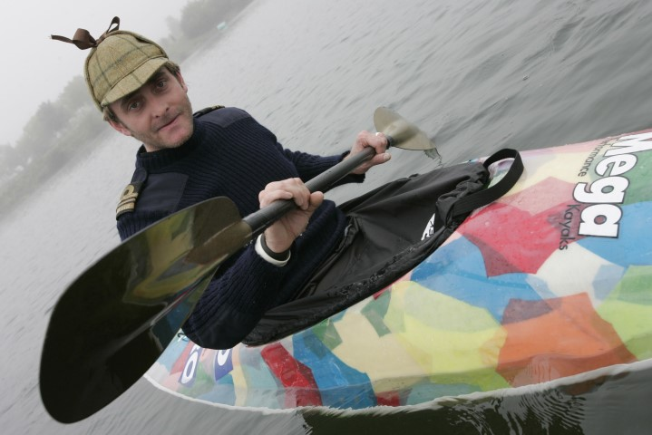 Tim Fitzhigham paddles Paper Boat down River Thames (Small)