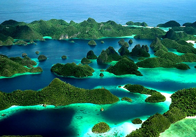 Indonesia the country of 18,000 Islands and unlimited water travel