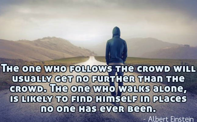 the-one-who-follows-the-crowd-alber-einstein-1