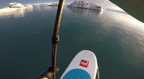 stand-up-paddle-board-sup-iceland-among-icebergs-nuria-goma