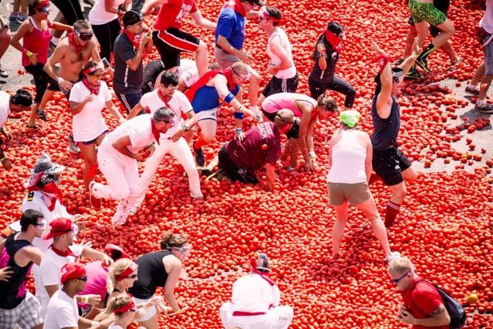 Epic food fight festival La Tomatina