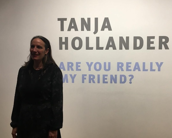 Are you really my friend - Tanja Hollander travels to world to visit all of her facebook friends